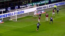 Palacio rozhodl milánské derby patičkou