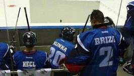 Nástup legend na led v rámci pátečního programu Utkání hvězd KHL