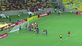 Rodriguesův ukázkový gól přímo z rohu