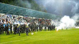 Řádění fanoušků při finále Slovenského poháru