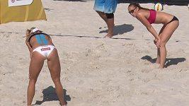 Trénink plážových volejbalistek