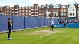 Andy Murray trénuje pod dohledem trenérky Mauresmové