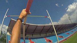 Renaud Lavillenie - skok o tyči z jeho pohledu.