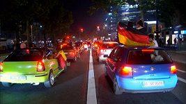 Němečtí fanoušci v Berlíně oslavovali vítězství nad Brazílií