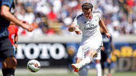 Parádní gól Garetha Balea proti Interu