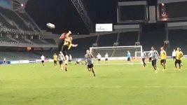 Zlatan Ibrahimovic a jeho gól v tréninku.