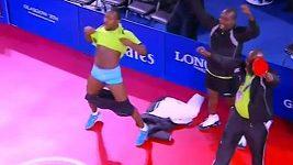 Bizarní oslavy nigerijských stolních tenistů