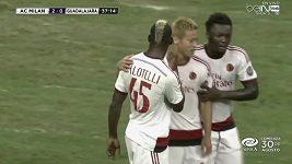 Parádní gól Maria Balotelliho.