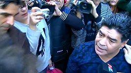 Maradona dal facku novináři