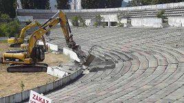 Před rokem začali bourat stadion na Tehelném poli