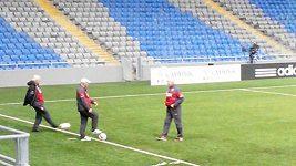 Český tým při tréninku v Astaně