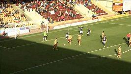 Bizarní oslava gólu v podání fotbalistů FC Dundee.