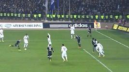 Rozhodčí Zelinka neuznal Karabachu regulérní gól.