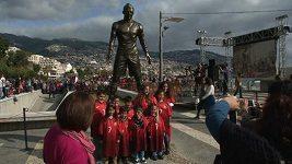 Na Madeiře odhalili sochu Cristianu Ronaldovi