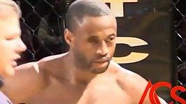 V MMA přišel o oko