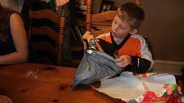 Mladý fanoušek Flyers dostal speciální dárek