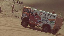 Loprais a Kolomý při 4. etapě Dakaru