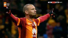 Parádní trefy Wesleyho Sneijdera