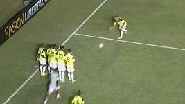 Lidské kuželky po vstřeleném gólu