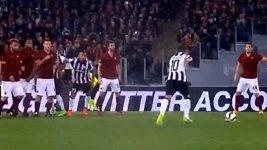 Nádherný Tévezův gól