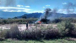 Vyšetřovatelé ohledávají trosky zřícených helikoptér