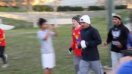 Boxer Manny Pacquiao musí i běhat při tréninku.