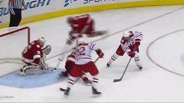 Hokejová kouzla Austina Czernika.