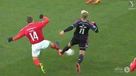 Brutální faul v dánské lize