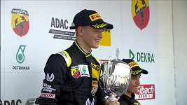 Mick Schumacher vyhrál svůj první závod v F4