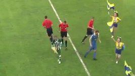 Kapitán BATE Borisov se srazil s jednou z roztleskávaček