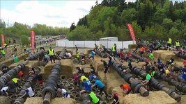 Překážkového běhu v Německu se zúčastnilo 11 tisíc běžců
