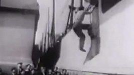 Parkour v roce 1930