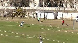Vlastní gól Rodriga Cervettiho