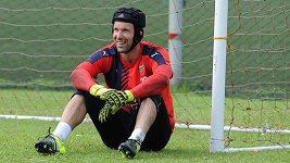 Čechovy parádní zákroky na tréninku Arsenalu