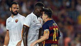 Leo Messi headbutted Mapou