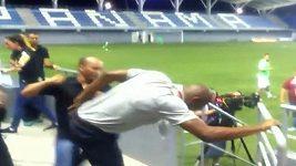 Kouč Kostariky se popral při kvalifikačním zápase na olympiádu