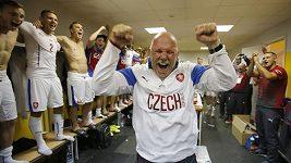 Reprezentanti se slaví postup na EURO 2016