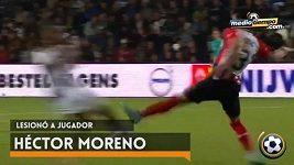 Další surový faul Héctora Morena