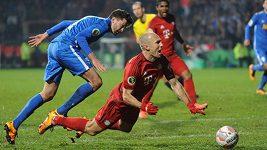 Arjen Robben vs Jan Šimůnek
