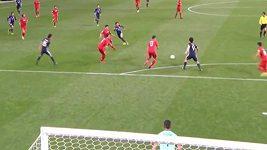 Skvělý gól Japonce Okazakiho