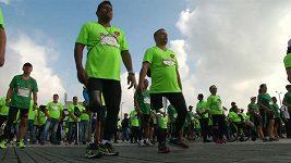 Běhu upozorňujícího na nebezpečí nášlapných min se zúčastnili i lidé s protézami