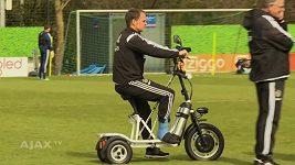 Zraněný Frank de Boer našel způsob, jak se dostat na trénink