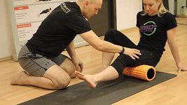 Regenerace - rolování - zadní stehno
