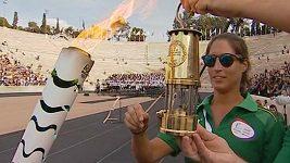Organizátoři her v Riu si převzali v Řecku olympijský oheň