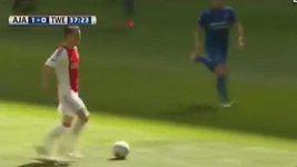 První ligový gól Václava Černého v dresu Ajaxu.