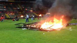 Zapálený stadion