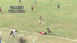 S UPOZORNENIM - Argentinský fotbalista zemřel po úderu kolenem do hlavy