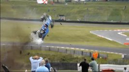 Hrozivá nehoda v britské formuli 3
