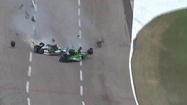 Nehoda při IndyCar Conor Daly & Josef Newgarden