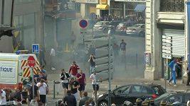 Střety fanoušků s policií v Lille